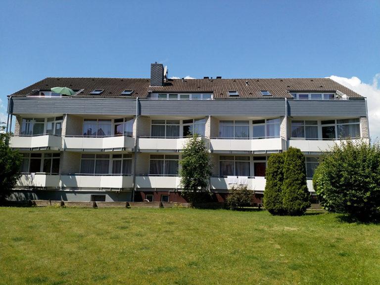 Kellenhusen Ferienhaus Nixe - Aussenansicht mit Garten
